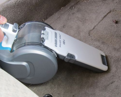 Black and Decker Pivot Vac-In The Car