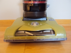 Hoover WindTunnel T-Series Rewind UH70120 Controls