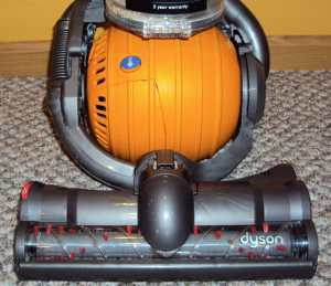 Upright Vacuum Dyson Ball Maneuverability